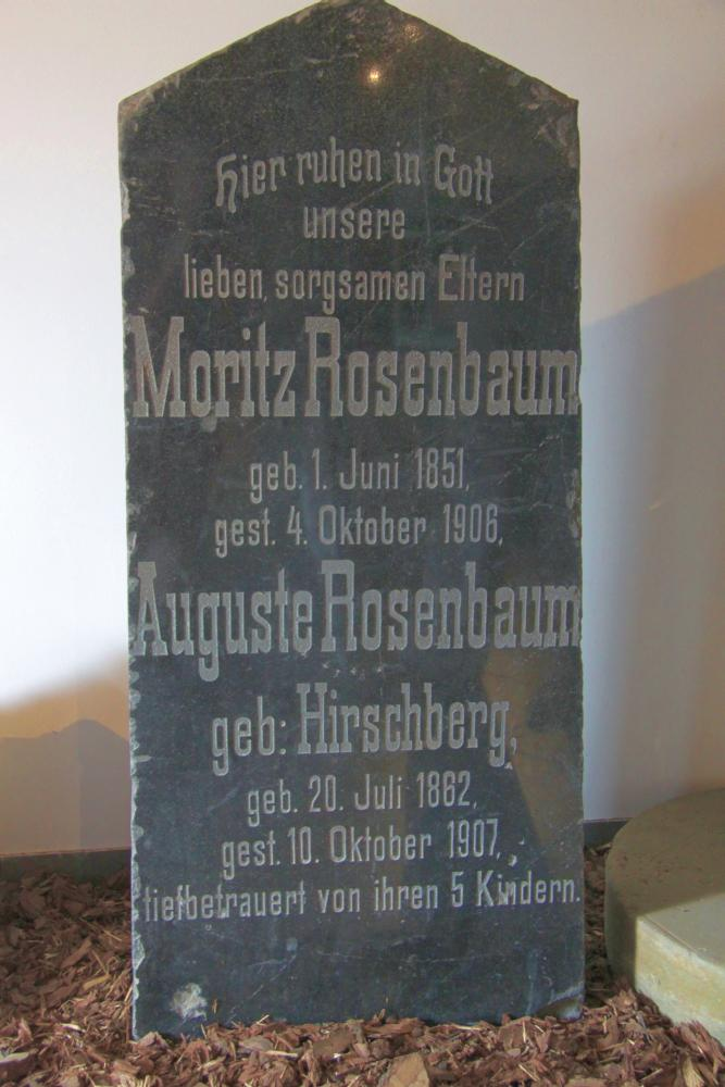 Name:  20120521 C12503 Tiegenhof Rosenbaum.jpg Hits: 487 Größe:  96.7 KB