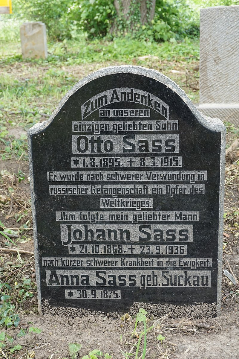 Name:  190610 SA616406 Fuerstenwerder ev Friedhof Grabstein.jpg Hits: 326 Größe:  402.9 KB