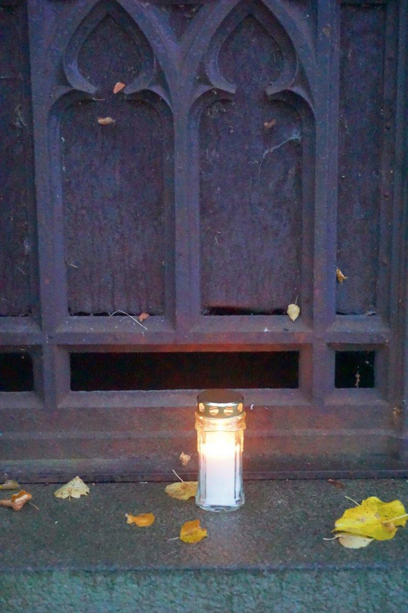 Name:  161101 SA607317 Fuerstenwerder Friedhof.jpg Hits: 237 Größe:  188.5 KB