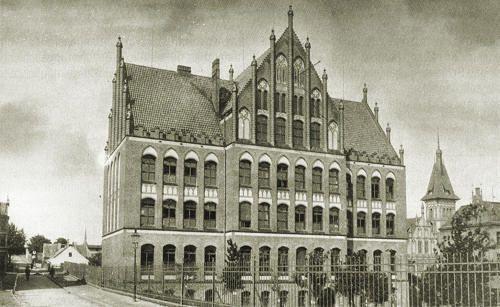 Name:  Knabenschule-Schidlitz.jpg Hits: 321 Größe:  36.3 KB