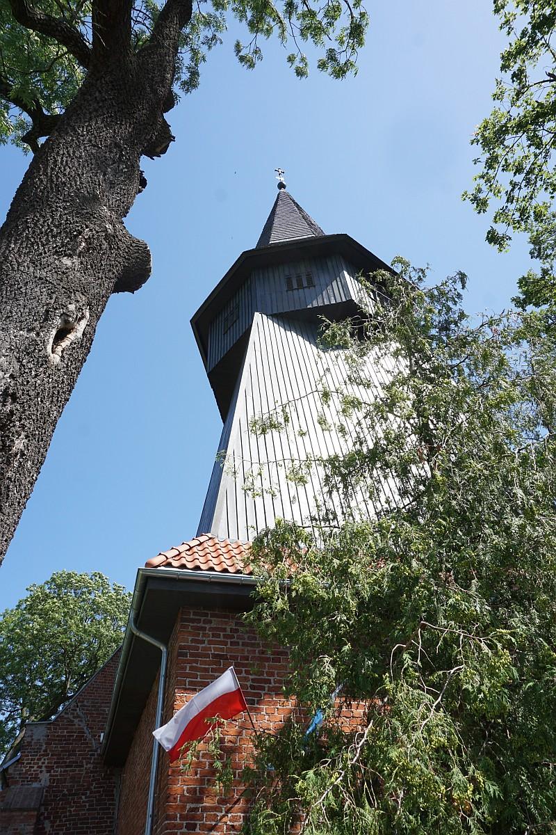Name:  190630 SA616495 Niederungskirche.jpg Hits: 179 Größe:  485.4 KB