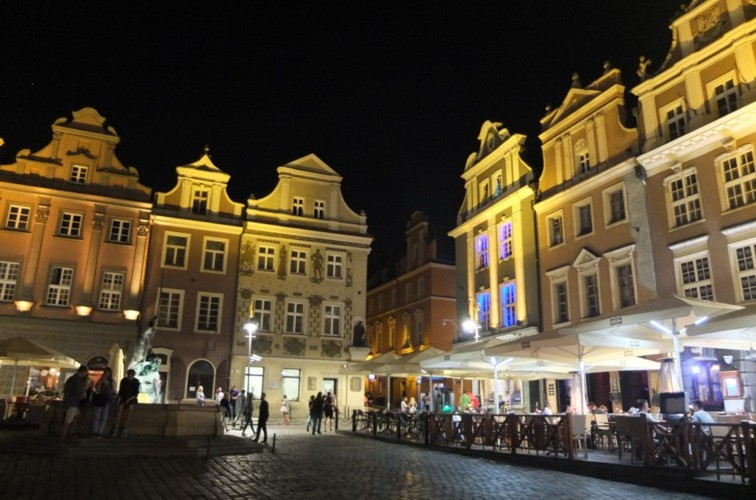 Name:  dscf1986a-Altstadt Poznan.jpg Hits: 380 Größe:  100.7 KB