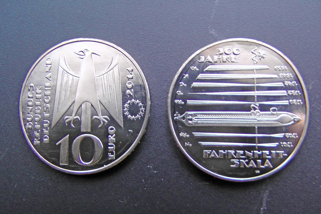 Name:  Fahrenheit Münze.jpg Hits: 277 Größe:  344.7 KB