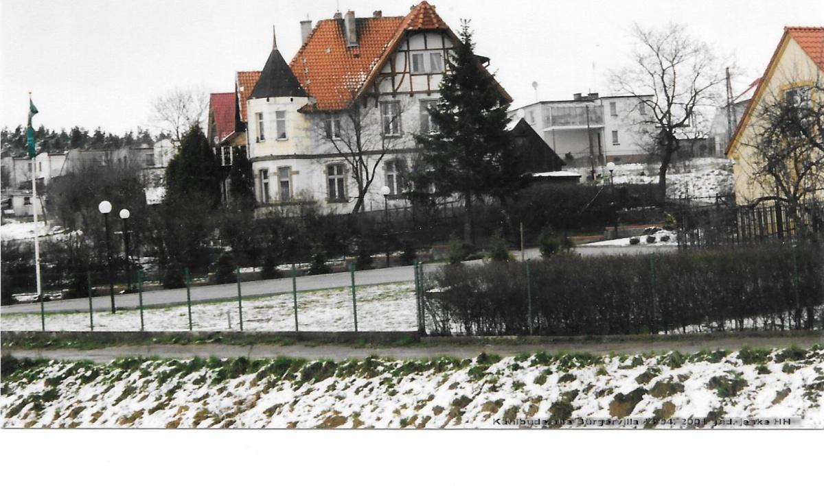 Name:  4) ) Kahlbude alte Bürgervilla 14.04. 2001 ghd. jeske HH.jpg Hits: 134 Größe:  313.6 KB