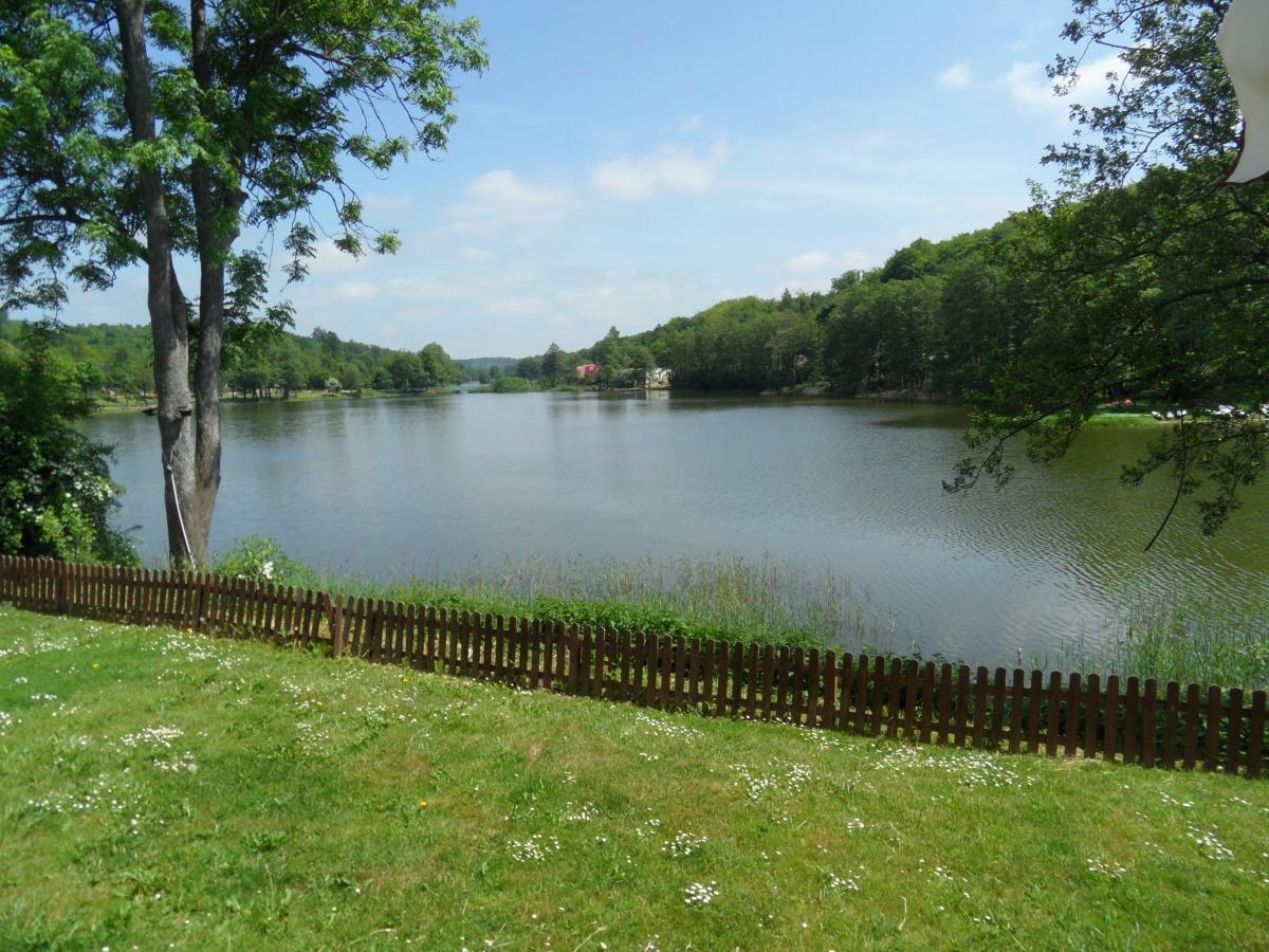 Name:  Mariensee - Blicke auf den See.jpg Hits: 390 Größe:  484.2 KB