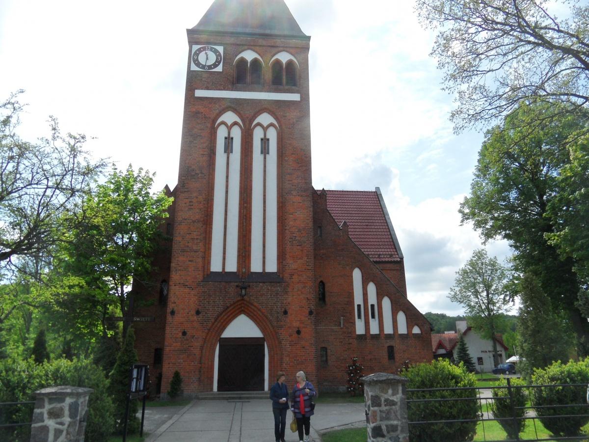 Name:  Kirche Mariensee.jpg Hits: 404 Größe:  441.7 KB