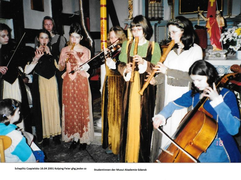 Name:  6) Schaplitz Czapielsko 16.04 2001 Kolping Feier ghg,jeske co.jpg Hits: 778 Größe:  93.9 KB