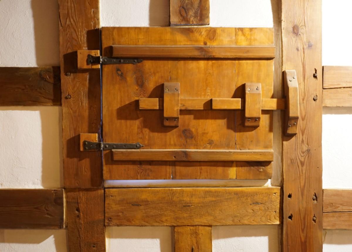 Name:  171107 SA612453 Fuerstenwerder Vorlaubenhaus Epp-Wisniewski.jpg Hits: 347 Größe:  186.8 KB