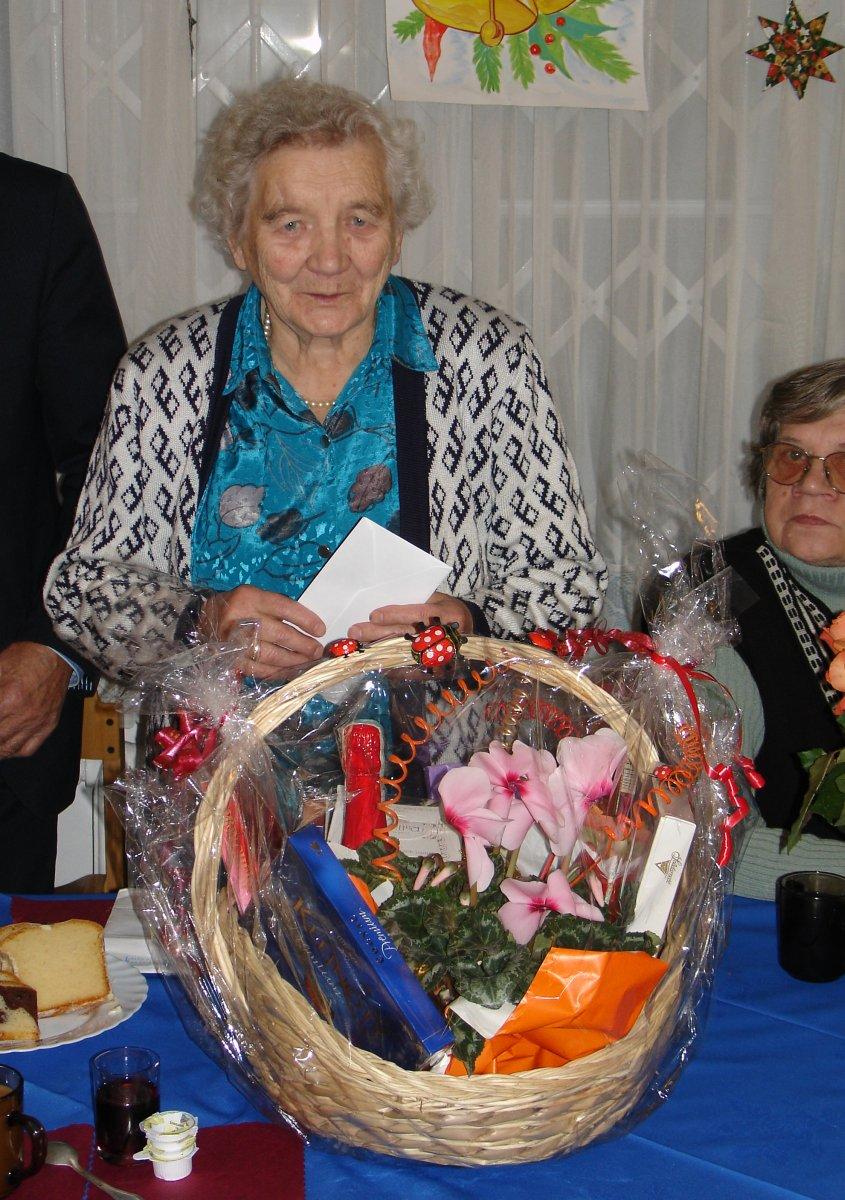 Name:  20060104 DSC02787 Geburtstag Maria Ciezkowska.jpg Hits: 393 Größe:  236.0 KB