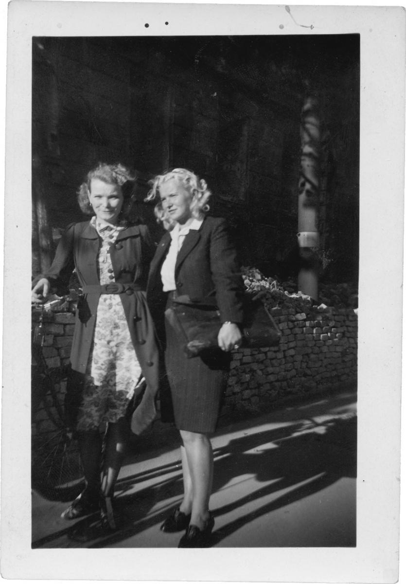 Name:  1944-margothilde.jpg Hits: 577 Größe:  245.3 KB