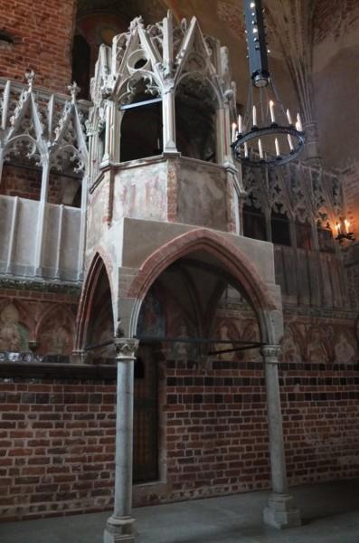 Name:  dscf2368a - kanzel der marienkirche in der  Marienburg.jpg Hits: 49 Größe:  68.1 KB