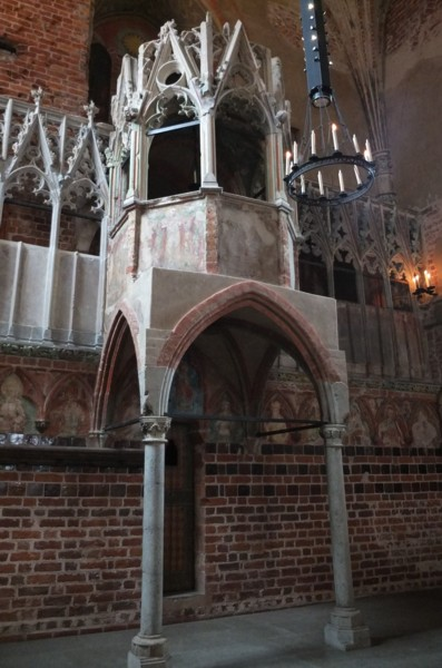 Name:  dscf2368a - kanzel der marienkirche in der  Marienburg.jpg Hits: 48 Größe:  68.1 KB