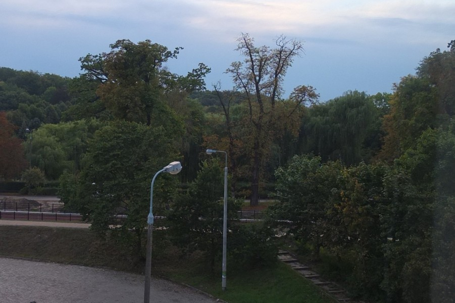 Name:  dscf4720-zum Orunski Park.jpg Hits: 401 Größe:  117.4 KB