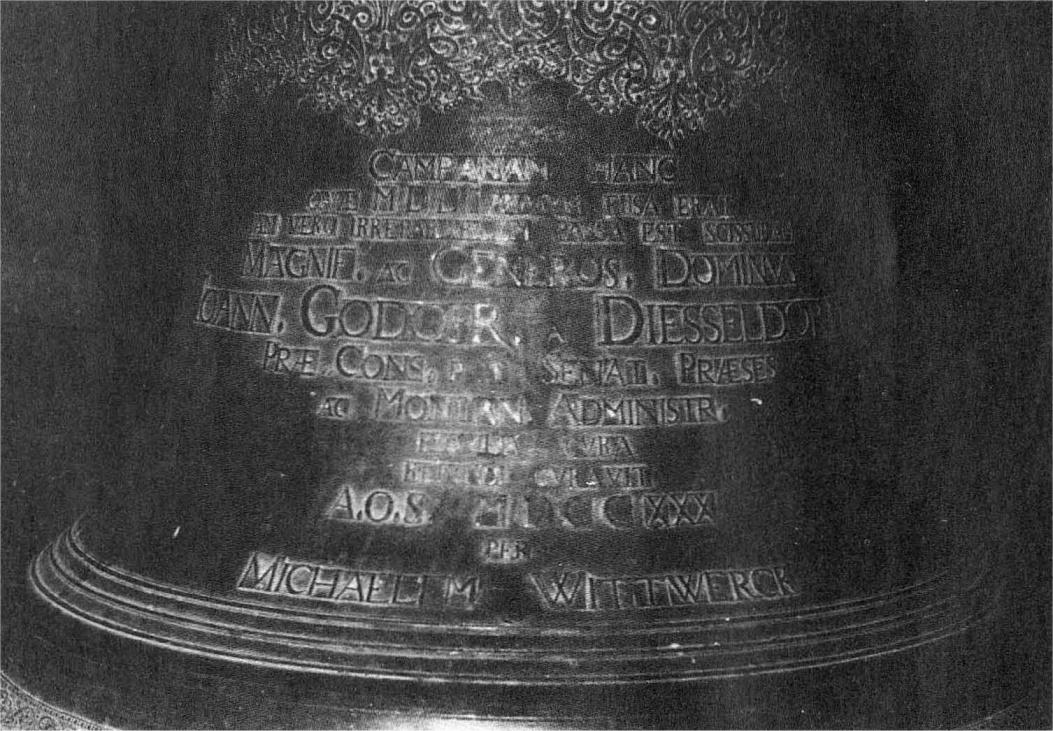 Name:  Prauster Glocke - Inschrift Vorderseite.jpg Hits: 209 Größe:  358.8 KB