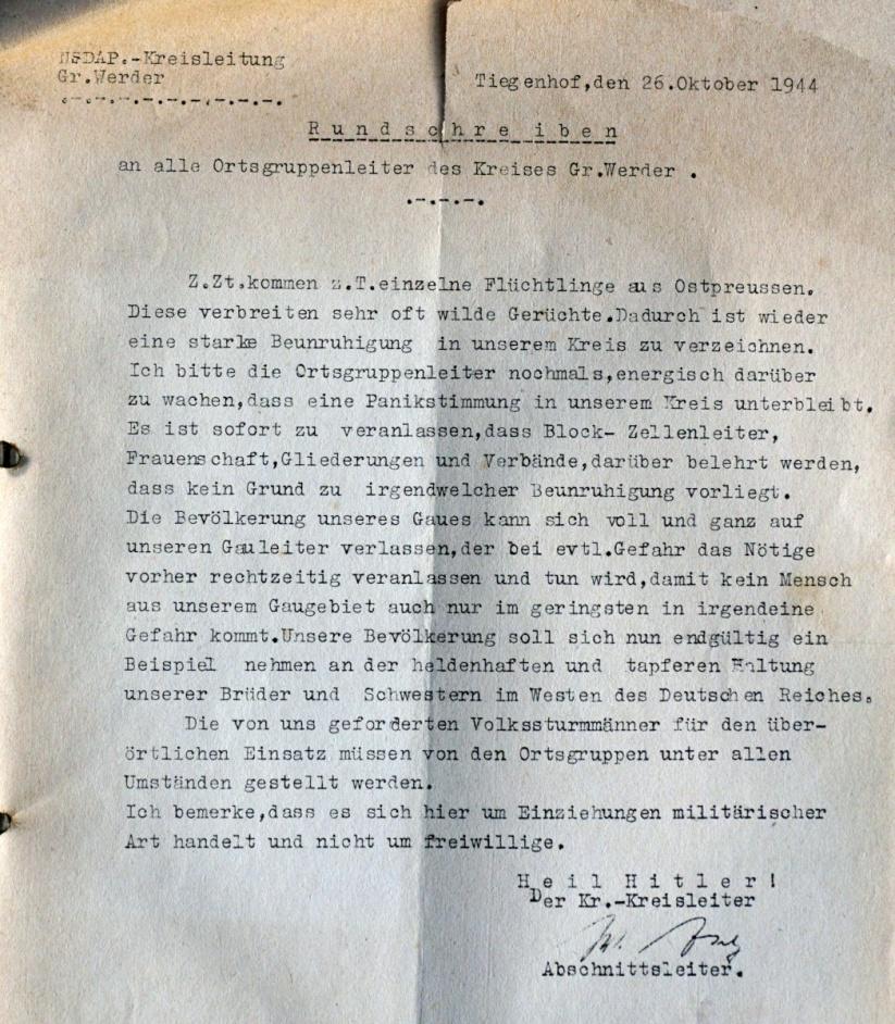 Name:  160926 SA606559 Tiegenhof ostpr Fluechtlinge 26-10-1944.jpg Hits: 400 Größe:  372.9 KB